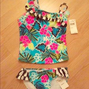 Girls tankini bathing suit